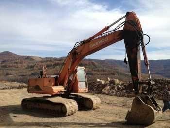Daewoo Solar 225LC-V Hydraulic Excavator