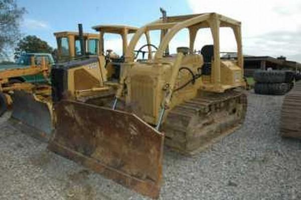 Caterpillar D4E Dozer