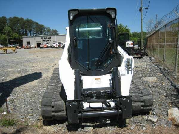 Bobcat T870