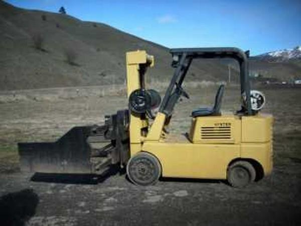 Hyster S70 Forklift with Cascade Clamp