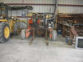 Moffett BT 350P 3 Wheel Forklift