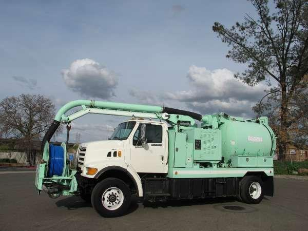 Ford L8500 Vac-Con V350 Combination Sewer Cleaner