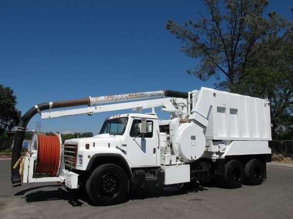 International F1954 Vactor 800 Combination Sewer Cleaner